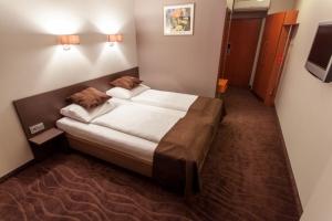 standard bedroom 1 - hotel bellevue park riga - riga, latvia