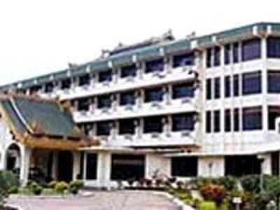 New Kyaing Tong