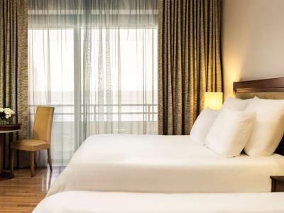 bedroom 2 - hotel radisson blu resort - st julians, malta