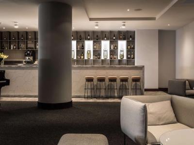 bar - hotel radisson blu resort - st julians, malta