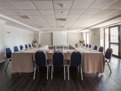 conference room - hotel radisson blu resort - st julians, malta