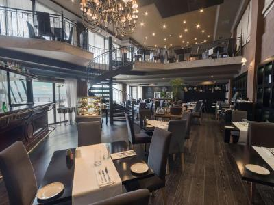 restaurant - hotel radisson blu resort - st julians, malta