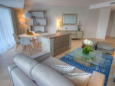 suite 2 - hotel radisson blu resort - st julians, malta