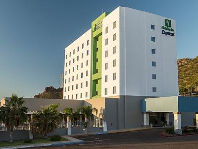 exterior view - hotel holiday inn express guaymas - guaymas, mexico