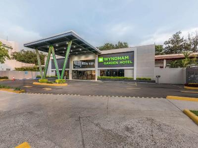 exterior view - hotel wyndham garden guadalajara expo - zapopan, mexico
