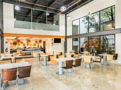 restaurant - hotel wyndham garden guadalajara expo - zapopan, mexico