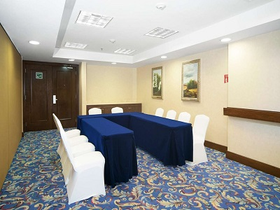 conference room 1 - hotel hampton inn and suites centro historico - mexico city, mexico