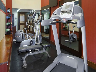 gym - hotel hampton inn and suites centro historico - mexico city, mexico