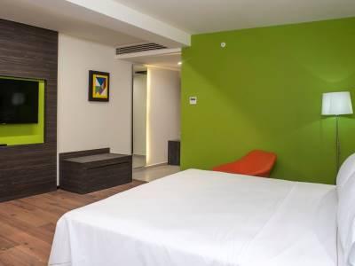 bedroom - hotel holiday inn express mexico aeropuerto - mexico city, mexico