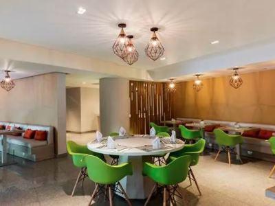restaurant 1 - hotel hilton garden inn mexico city santa fe - mexico city, mexico
