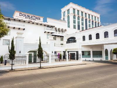 exterior view - hotel doubletree by hilton toluca - toluca, mexico