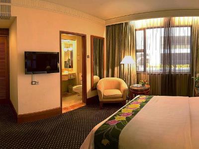 bedroom 1 - hotel jesselton - kota kinabalu, malaysia