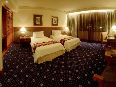 bedroom 2 - hotel jesselton - kota kinabalu, malaysia