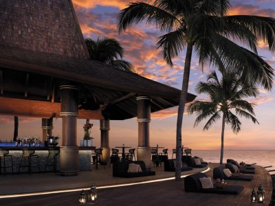 bar - hotel shangri-la's tanjung aru - kota kinabalu, malaysia