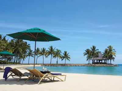 beach - hotel shangri-la's tanjung aru - kota kinabalu, malaysia