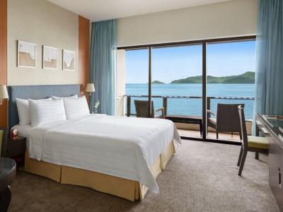 bedroom - hotel shangri-la's tanjung aru - kota kinabalu, malaysia