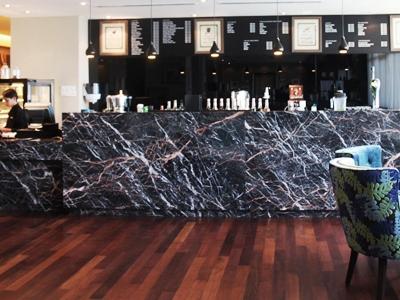 bar - hotel grandis - kota kinabalu, malaysia