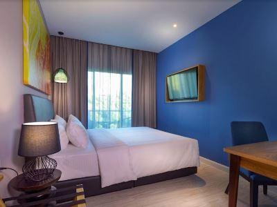 bedroom 7 - hotel mercure kota kinabalu city centre - kota kinabalu, malaysia