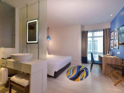 bedroom 12 - hotel mercure kota kinabalu city centre - kota kinabalu, malaysia