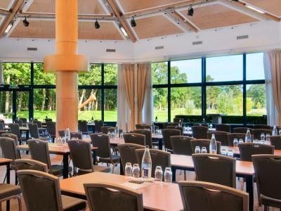 conference room 1 - hotel doubletree by hilton royal parc - soestduinen, netherlands