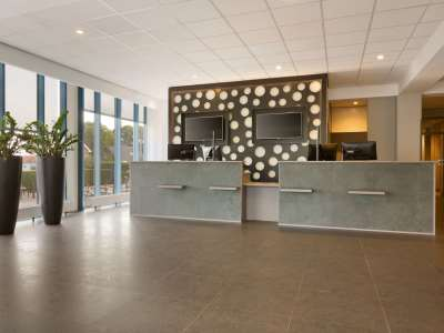 lobby - hotel ramada amsterdam airport - amsterdam, netherlands