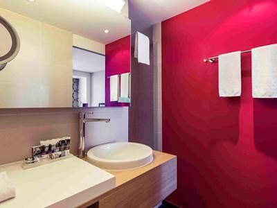bathroom - hotel mercure amsterdam city - amsterdam, netherlands