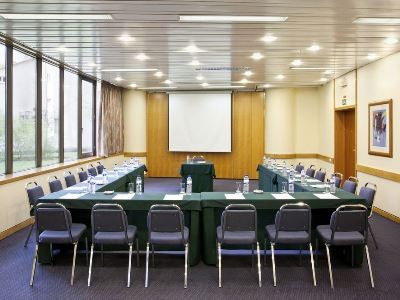 conference room 1 - hotel holiday inn continental - lisbon, portugal