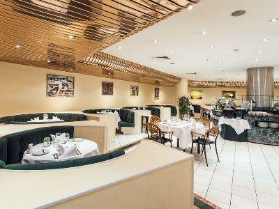 restaurant - hotel holiday inn continental - lisbon, portugal