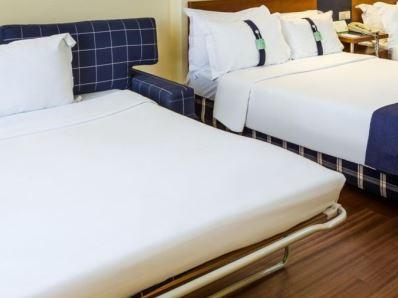 bedroom 3 - hotel holiday inn lisbon - lisbon, portugal
