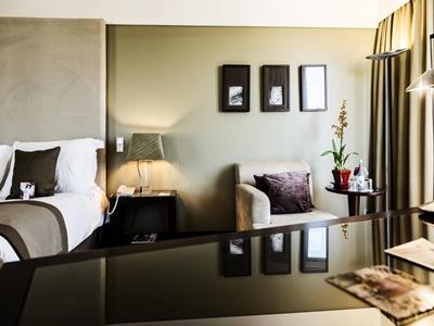 bedroom 3 - hotel crowne plaza porto - porto, portugal