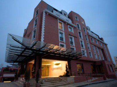 Ramada Hotel And Suites North(Spcl Offr)