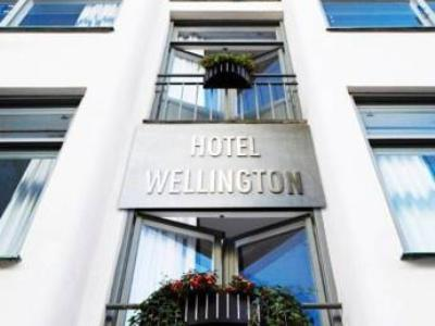 Clarion Collection Wellington