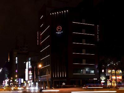 台北市萬事達旅店-中華店(豪華房)
