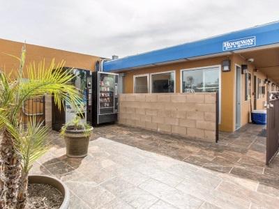 Rodeway Inn And Suites San Diego South