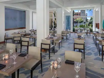 restaurant - hotel doubletree los angeles commerce - commerce, california, united states of america