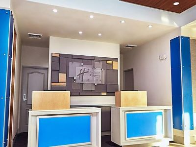 lobby - hotel holiday inn express and suites corona - corona, california, united states of america