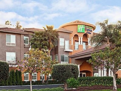 exterior view - hotel holiday inn express and suites corona - corona, california, united states of america