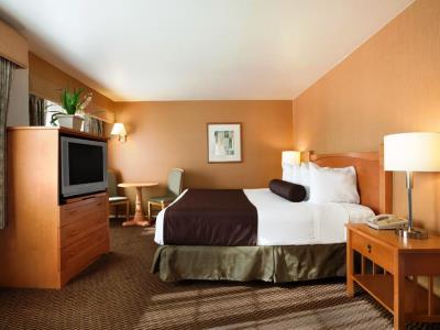 bedroom 2 - hotel ramada wyndham costa mesa/newport beach - costa mesa, california, united states of america