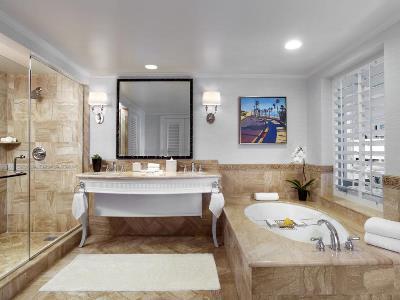 bathroom 1 - hotel monarch beach resort - dana point, united states of america