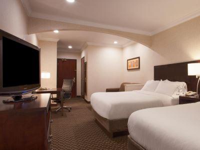 bedroom 1 - hotel holiday inn exp n suites-university area - davis, united states of america