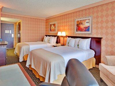 bedroom 1 - hotel holiday inn diamond bar - diamond bar, united states of america