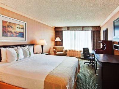 bedroom - hotel holiday inn diamond bar - diamond bar, united states of america