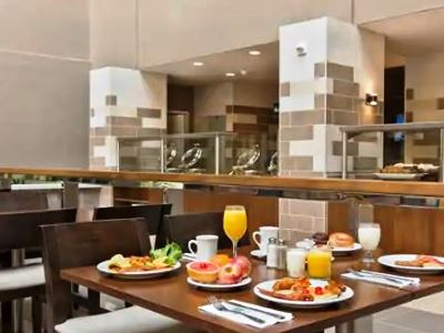 breakfast room - hotel embassy suites los angeles downey - downey, united states of america