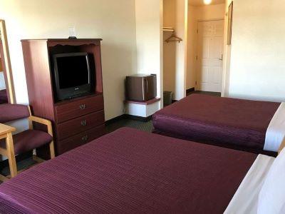 bedroom 2 - hotel americas best value inn dunnigan - dunnigan, united states of america