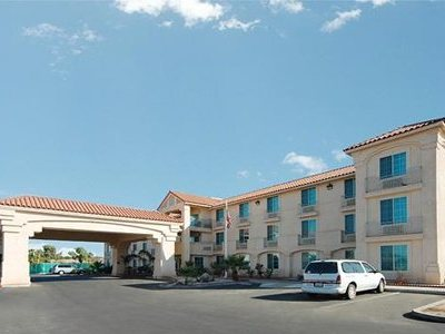 Comfort Inn And Suites El Centro I-8