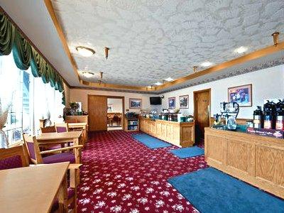breakfast room - hotel best western plus bayshore inn - eureka, california, united states of america
