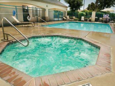 outdoor pool - hotel best western exeter inn and suites - exeter, california, united states of america