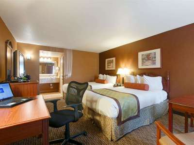 bedroom 1 - hotel best western exeter inn and suites - exeter, california, united states of america