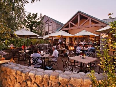 restaurant - hotel tenaya lodge at yosemite - fish camp, united states of america