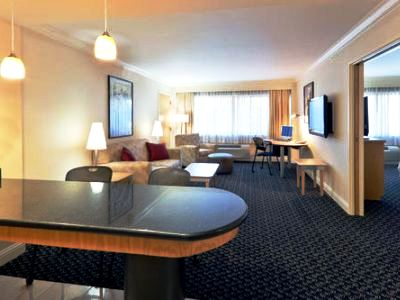 suite - hotel crowne plaza foster city san mateo - foster city, united states of america